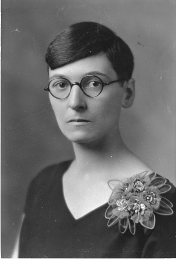 Mildred Adams Fenton (1899-1995), Smithsonian Institution Archives, SIA Acc. 90-105 [SIA2008-0567].