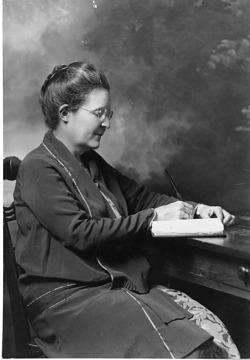 June Etta Downey (1875-1932), Smithsonian Institution Archives, SIA Acc. 90-105 [SIA2008-1400].