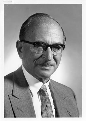 Dennis Gabor (1900-1979), 1971, Smithsonian Institution Archives, SIA Acc. 90-105 [SIA2008-1802].