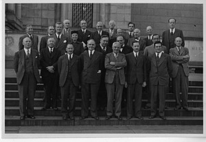 American Ornithologists' Union Meeting, New York, American Museum of Natural History - Group Portrait