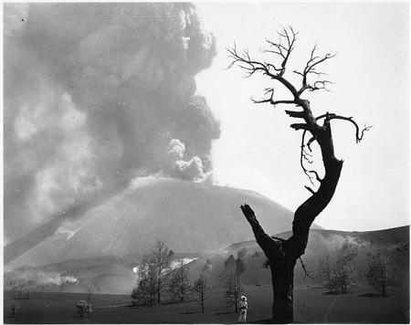 Paricutin volcano in its Developmental Stage