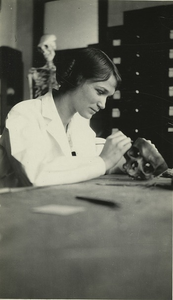 Caroline Elizabeth Whitney (1899-1928)