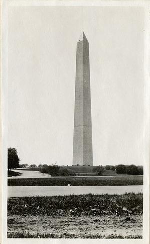 Washington Monument, 1919, Smithsonian Institution Archives, SIA RU007355 [SIA2010-2047].