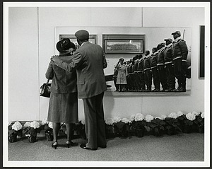 "Couple Enjoys ""Black Wings"" exhibit, Anacostia Museum"